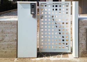 Cancello pedonale ad un'anta per abitazione privata a Rovigo (RO)