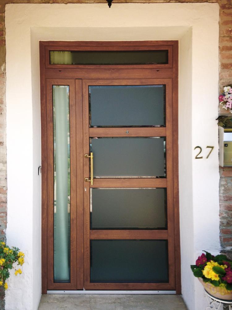 Porta di ingresso per abitazione privata serramenti e design - Porte ingresso vetro ...